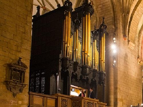 Tewkesbury Abbey - Milton Organ